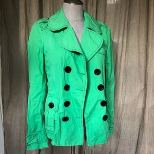 Burberry bright green dbl breasted short trench S